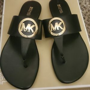 Micheal Kors Leather Sandals - Like New